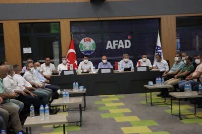 Bakanlar Ve Milletvekilleri Muhtarlar İle Toplantı Gerçekleştirdi