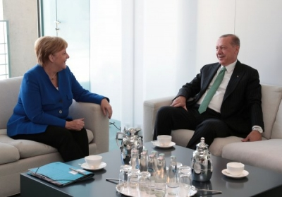 Başkan Erdoğan Merkel ile bir araya geldi