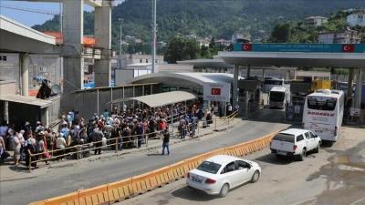 Bayram tatilinde Sarp'tan 231 bin yolcu geçti