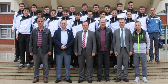 Çaykurspor U19 Şampiyona için Artvin'de