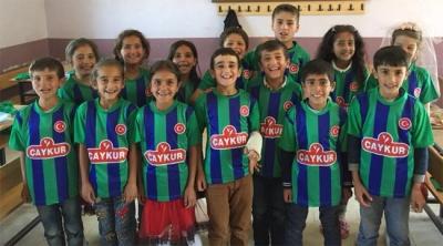 Bitlis li Çocuklar Yeşil Mavi Formalarına Kavuştu