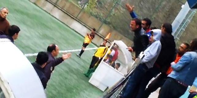 Rize'deki amatör maçta arbede: Polis havaya ateş açtı