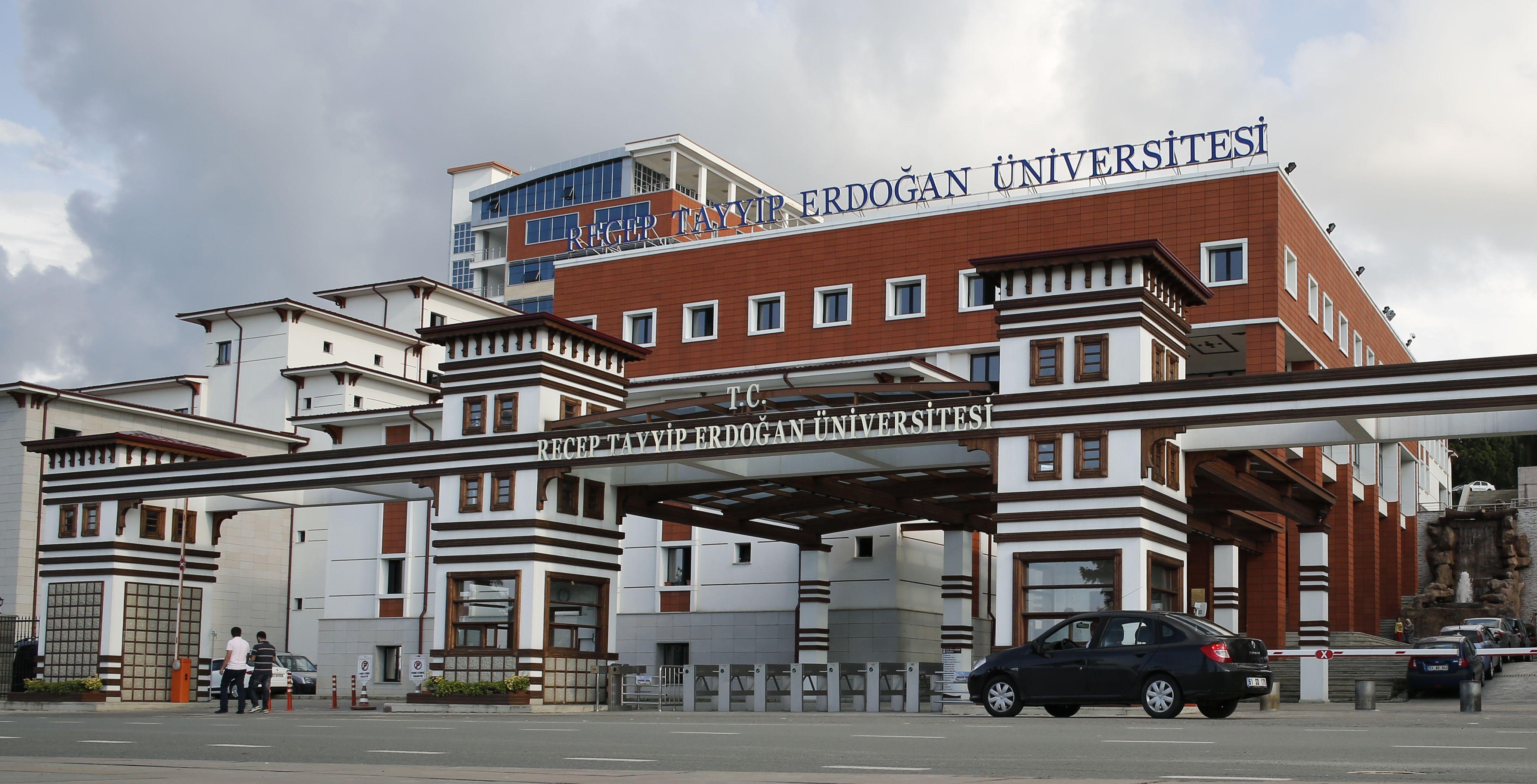 RTE Üniversitesi İlk Patent Diplomasını Aldı