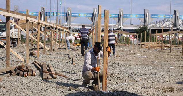 Rize'de kurban pazarı hazırlıkları başladı
