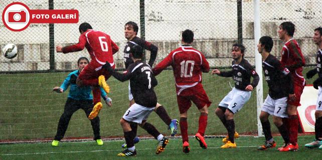 İl Özel İdarespor U19, 3 puanı 3 golle aldı