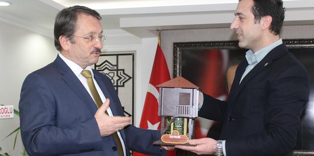 Sütlüoğlu, Başkan Türüt'ü ziyaret etti