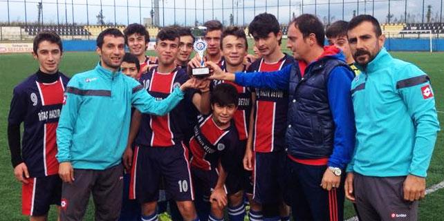 U15'de Şampiyonun adı bu yıl da Rize Belediyespor