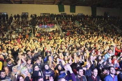 Ekin Uzunlar'ın Fındıklı Gençlik Festivali Konserine Gençler Akın Etti