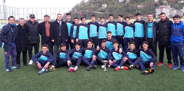 U16 Ligi Şampiyonu Rize Belediyespor oldu