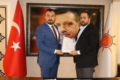 Genç iş adamı Önder İbuk aktif siyaset yaptığı Ak Partiden belediye meclis üyeliği aday adaylığını açıkladı.