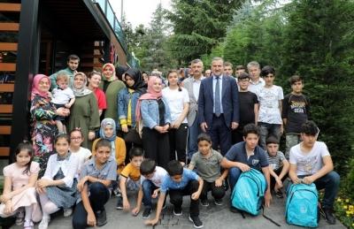 Gençlik Ve Spor Bakanı Bak Pazar'da Bayramlaştı