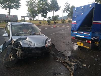 Ordu'da otomobil ile tarım aracı çarpıştı: 9 yaralı