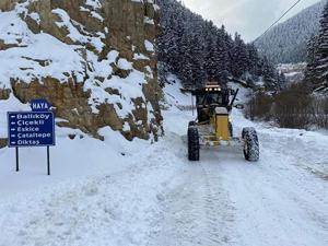 Rize'de 29, Doğu Karadeniz'de 76 Köy Yolu Kardan Ulaşıma Kapandı