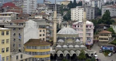 Rize'de Açık Alanda Cuma Namazı Kılınabilecek Camiler Belli Oldu