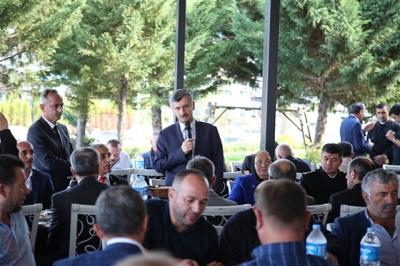 RİZE'DE Kİ TEK KADIN MUHTAR'A Vali Bektaş'dan Plaket