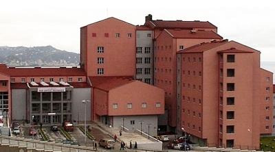 Rize'de tedaviye götürülen mahkum hastaneden kaçtı