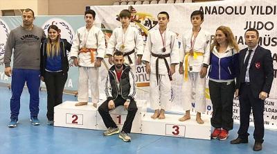 Rizeli Judocular madalyaları topladı