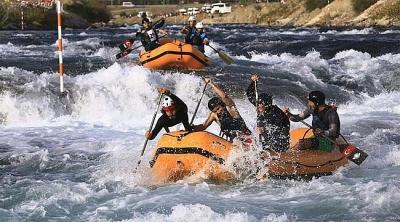 Rizeli Raftingciler 5 kupa ile döndüler