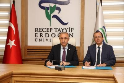 RTEÜ ile KOSGEB Rize Arasında Girişimcilik Eğitimi Protokolü İmzalandı