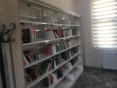Şehit Ömer Halisdemir için kitap kampanyası başlatıldı