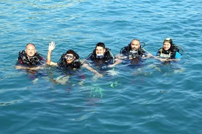 Sinop'ta üniversite öğrencilerine dalgıçlık sertifikası