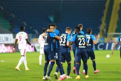 """Stjepan Tomas: """"Çok önemli bir 3 puan kazandık"""""""