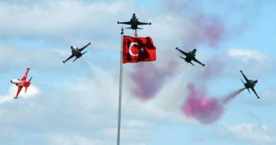 Türk Yıldızları Gösterilerini Rize'de Yapacak