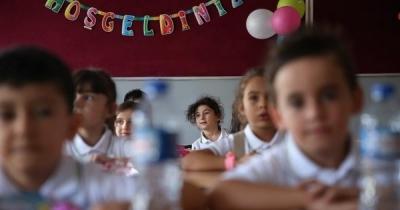 Türkiye'de okullaşma oranında artış