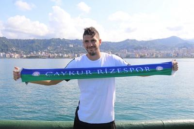 Yunanlı futbolcusu Chatziisaias Rize'ye çabuk alıştı